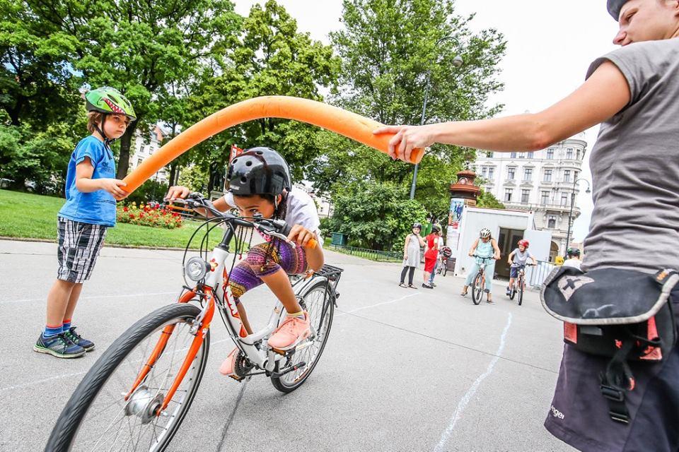 Radschnellwege international im Fokus