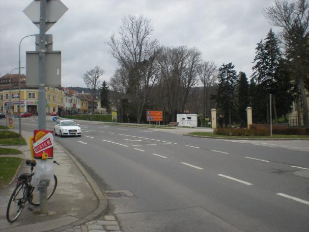 17schlossplatzesterhazystrasse.jpg