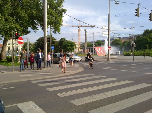 4_schwarzenbergplatz.jpg