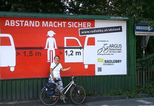 Abstands-Plakat Leechgasse/Merangasse