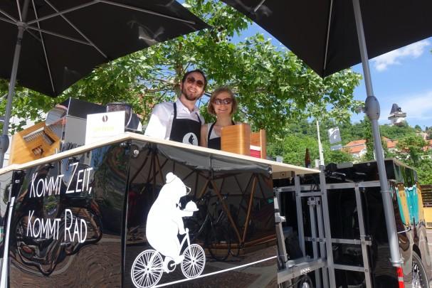 Irene und Andrè beim Lendwirbel in Graz