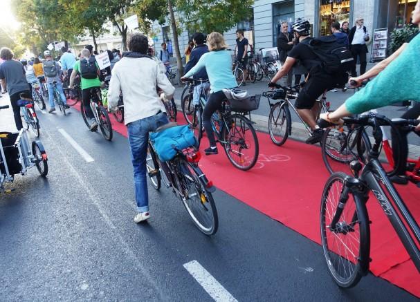 Gedränge bei der Rad Parade 2019