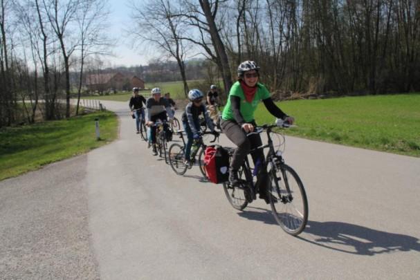 Endlich Frühling - am Weg nach Eferding zum ersten Eis der Saison