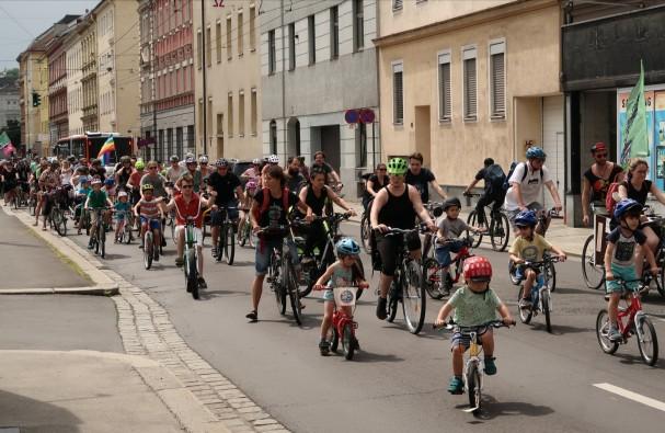 Kidical Mass in der Göthestraße