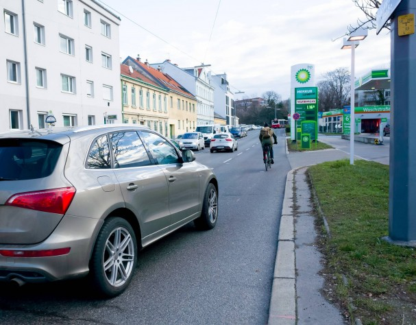 krottenbachstrasse.jpg