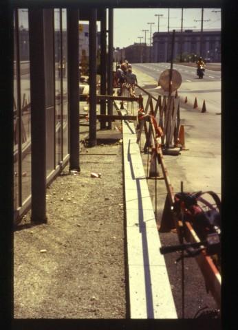 linz-donautor-busbucht-kiosk-1995-2.jpg