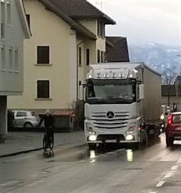 Lkw - Radfahrer