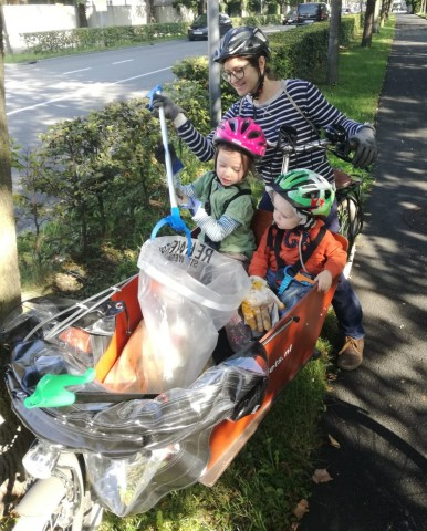 Müllsammelaktion mit Lastenrad