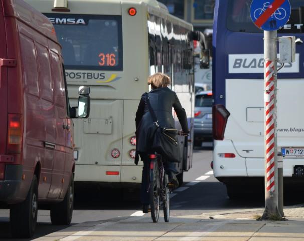 radweg-ende-busbucht.jpg