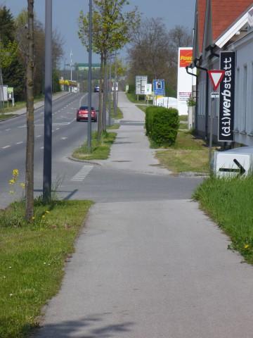 radweg_wolkersdorf_eibesbrunn_eni_penny.jpg