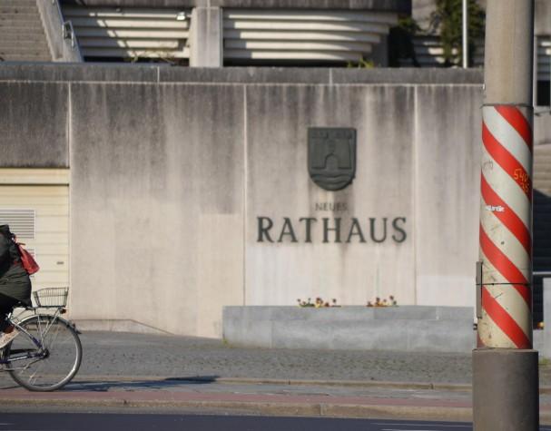 rotweiss-rathaus-radhaelfte.jpg