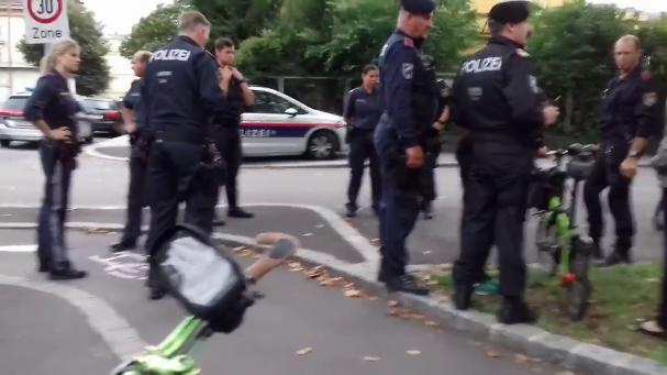 Enorme Polizeipräsenz bei der Linzer Critical Mass