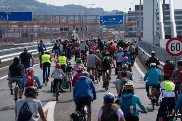 Voestbypassbrücken auch mit Vollanschluss für Radverkehr