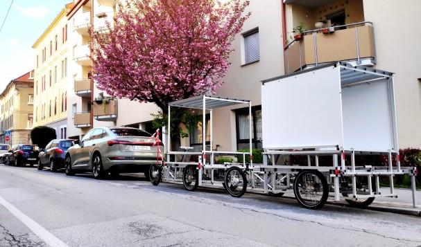 xyz_4wheeler_parkplatz.jpg