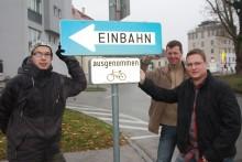 Öffnung der Purgleitnergasse: Stefan Narosy von der Radlobby und die verantwortlichen Kollegen der Stadt Wiener Neustadt
