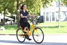 bikesharing_ofo_wien_fahrerin2.jpg
