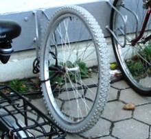 fahrraddiebstahl_nurvorderrad.jpg