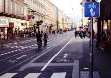 Annenstraße: An den Haltestellen nicht benutzungspflichtige Radverkehrsanlagen