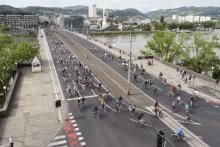 Nibelungenbrücke BrückenRADeln Mai 2015