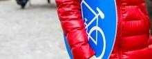 seitenheader_fahrrad-schild_radweg-favoritenstrasse_pid_christian-fuerthner.jpg